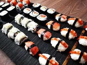 Суши-роллы ассорти