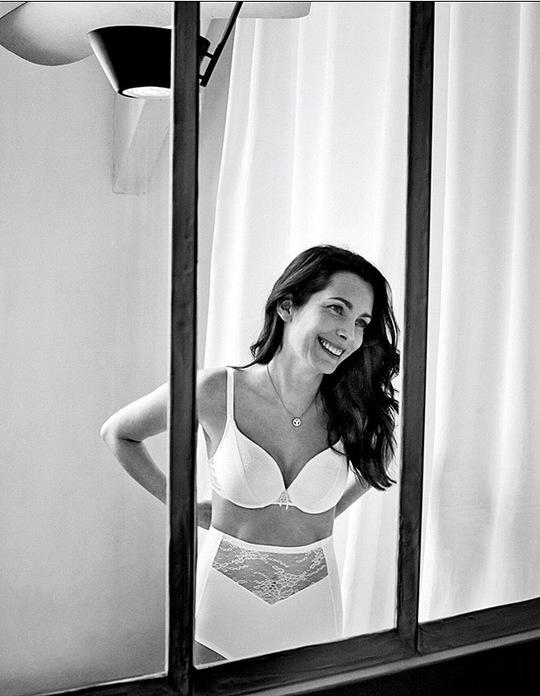 Простые женщины в рекламе белья
