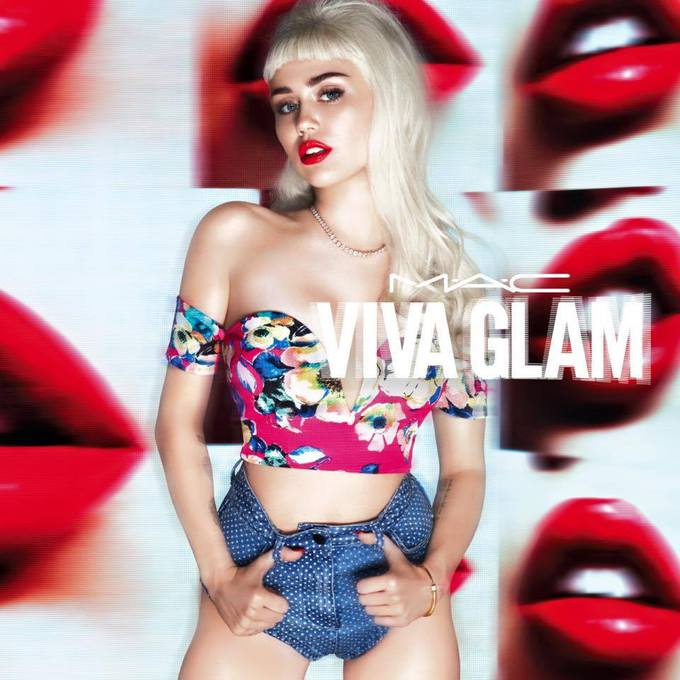 Майлі Сайрус для M.A.C Viva Glam