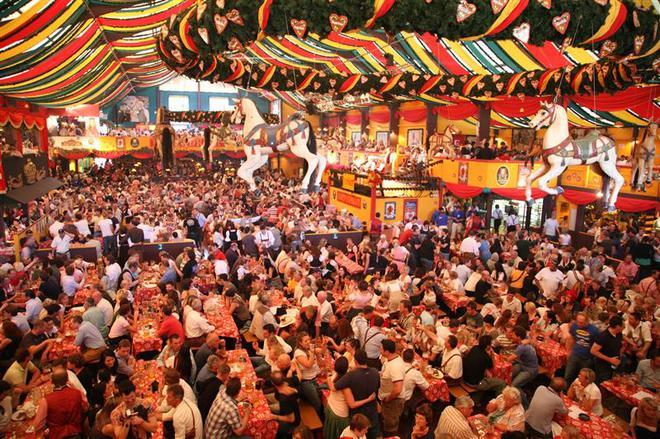Куда поехать осенью: традиционные осенние фестивали