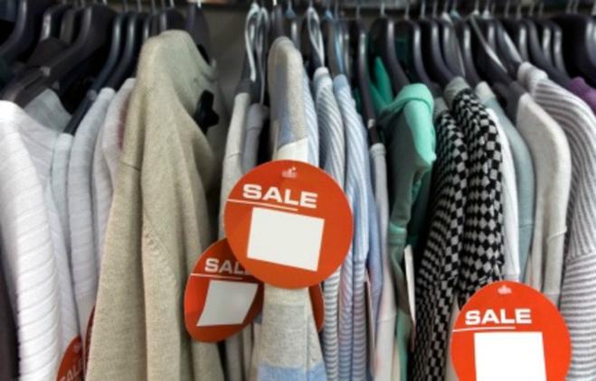Новорічні розпродажі: що і як купувати