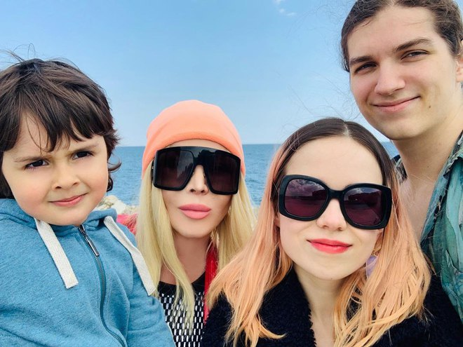 Ирина Билык с семьей