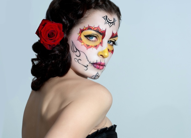 маски на лицо хэллоуин оно само