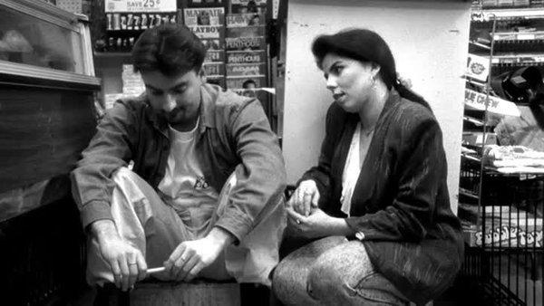 """""""Клерки"""": история из жизни одного магазина"""