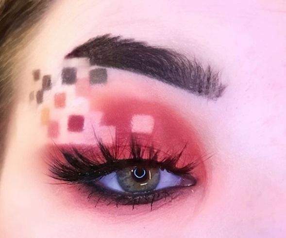 Пиксельный макияж