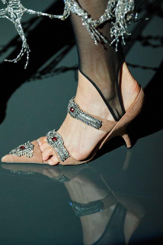 15 пар обуви, которую ты бы не обула даже за деньги