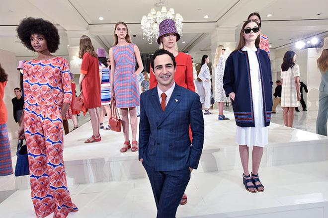 7 лучших коллекций Нью-Йоркской недели моды 7 luchshikh kollektsiy N'yu-Yorkskoy nedeli mody 7 кращих колекцій Нью-Йоркського тижня моди