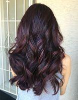 Модні відтінки волосся для брюнеток на осінь