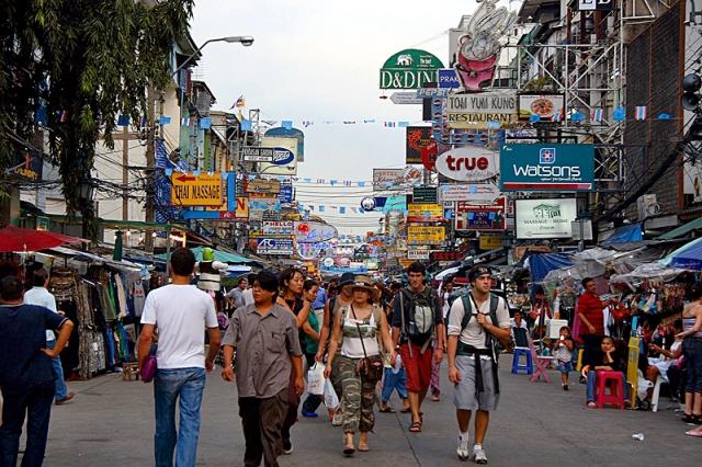 Цікаві місця Бангкока: вулиця Као Сан