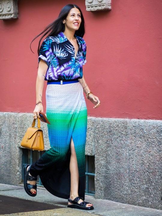 Як носити максі-спідниці влітку: 10 стрітслайл-образів для натхнення