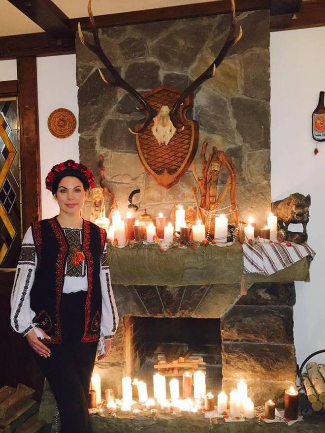 Знаменитості в дорозі: як Влада Литовченко варила в Татарові банош