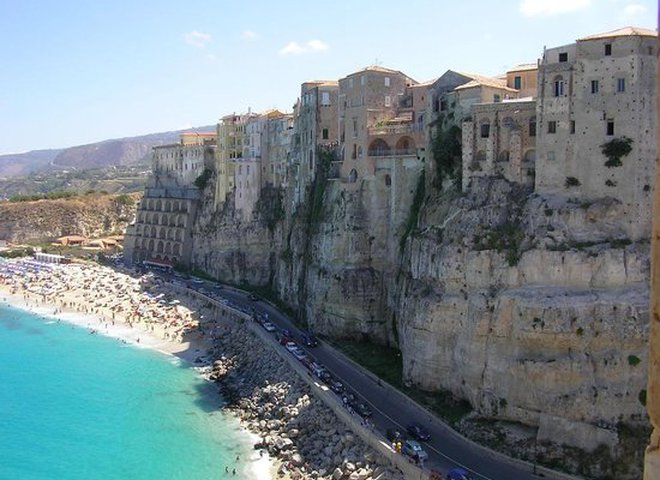 Італія Каларабія