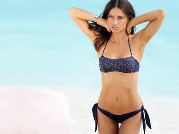 Как модели готовятся к показу Victoria's Secret: упражнения от Адрианы Лимы
