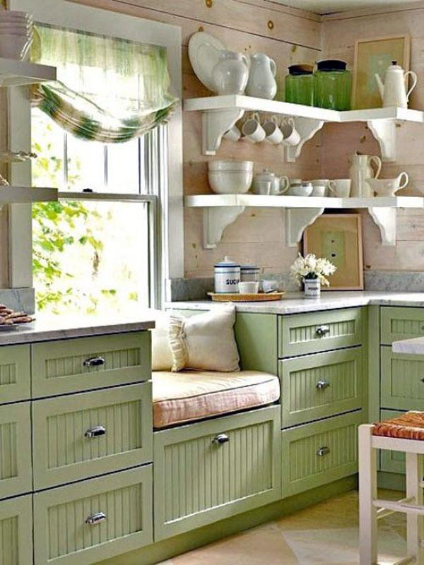 5 важливих предметів побуту для маленької кухні