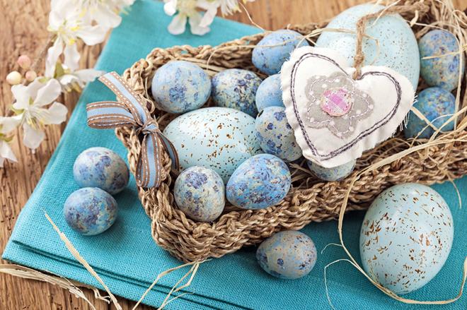 Як фарбувати яйця: топ-20 найцікавіших способів