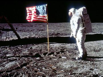 """Місія NASA """"Аполон-11"""""""