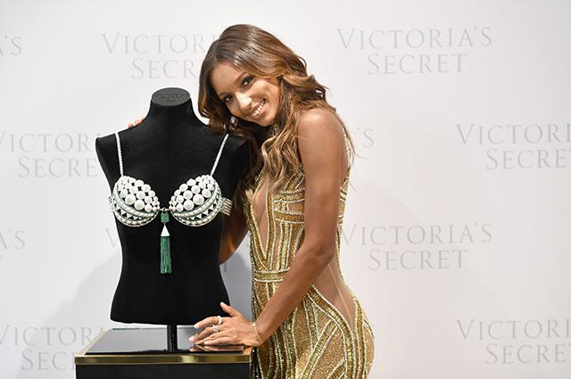 Жасмин Тукс представит Fantasy Bra 2016 от Victoria's Secret