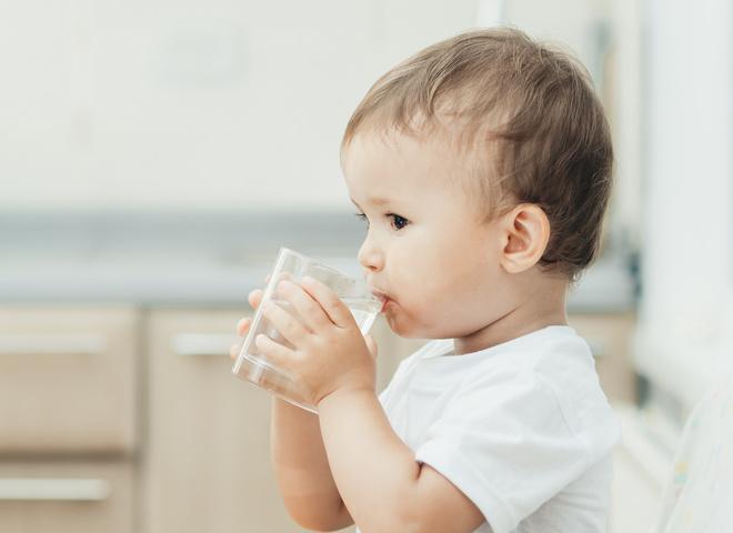 Детские смеси Nutrilon 3 и Nutrilon 4 для питания детей после года: правда и мифы