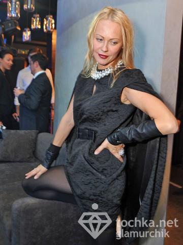 Ольга Аленова напилась на открытии ресторана