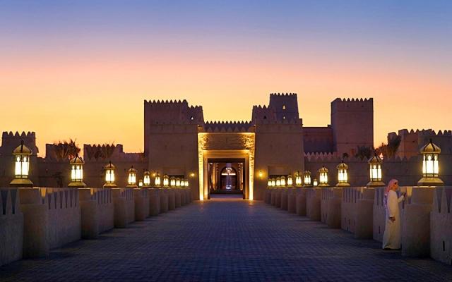Отели, в которых турист обязан провести ночь: отель Qasr Al Sarab