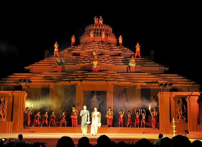 Фестивали в декабре: Konark Festival - Индия
