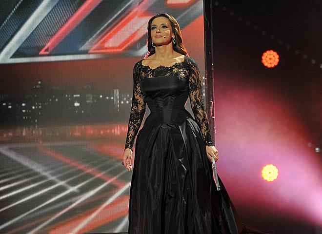 Оксана Марченко в чорному платті