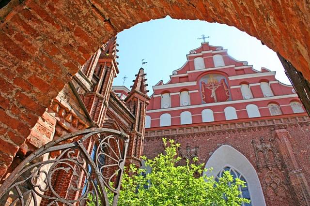 Цікаві місця Вільнюса: Бернардинський костел