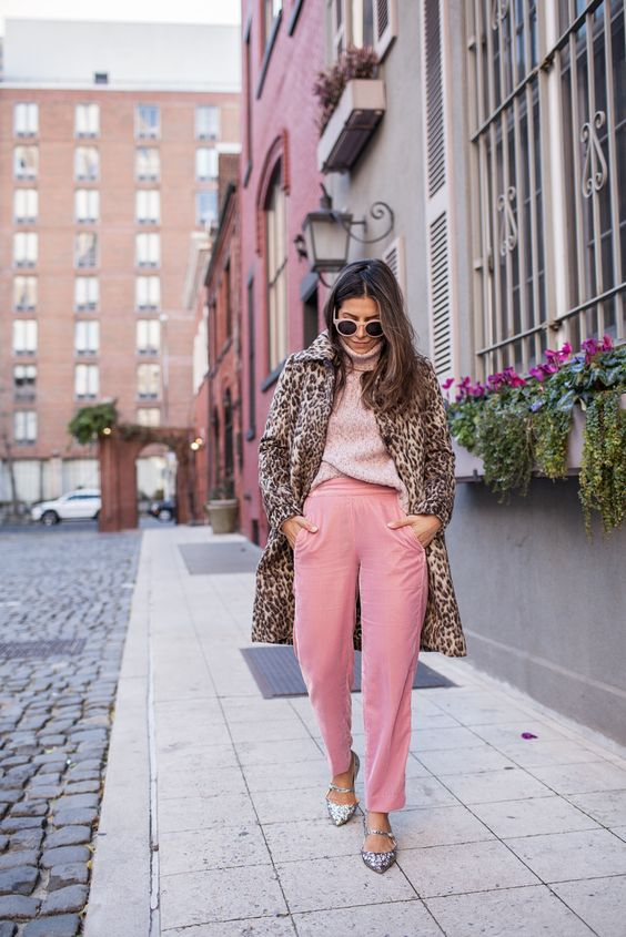 Рожеві джинси осінь 2020