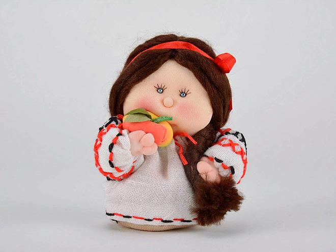 Новорічні іграшки з тканини своїми руками