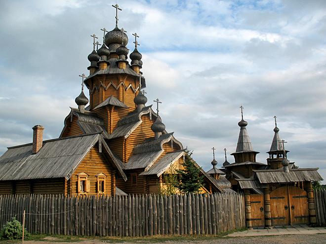 Куда поехать на Пасху 2012: Святогорский монастырь