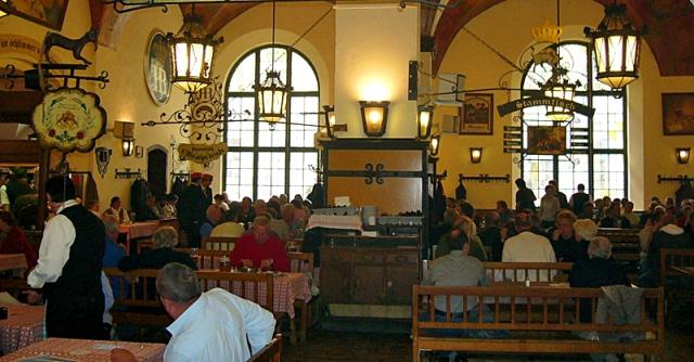 Губить людей не пиво: куди поїхати любителям пінистого - пивний паб Хофбройхаус, Мюнхен, Німеччина