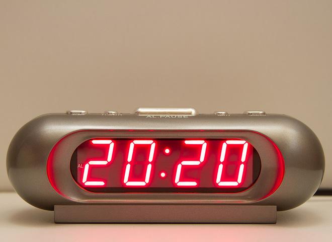 Запитання- відповідь: що означають однакові цифри на годиннику?