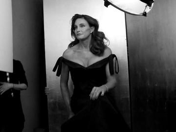 За кадром: все детали фотосессии Кэйтлин Дженнер для Vanity Fair (видео)
