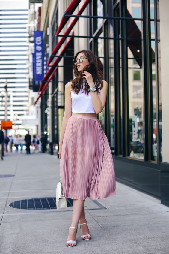 Як носити рожевий навесні
