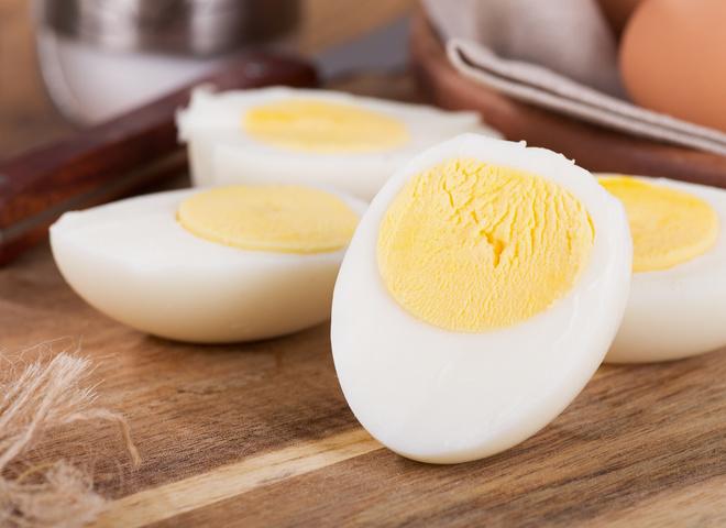 Рецепты салатов из яиц