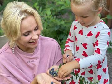 Лилия Ребрик с дочерью