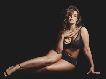 """Plus-size модель Эшли Грэхэм стала членом жюри в шоу """"Топ-модель по-американски"""""""