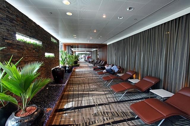 Найкращі аеропорти світу - Singapore Changi Airport