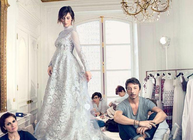 Жена Бенедикта Камбербетча показала свадебное платье