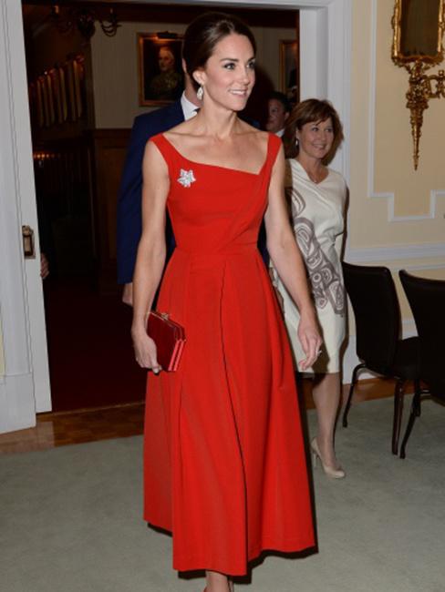 Кейт Миддлтон появилась в платье за 1300 долларов