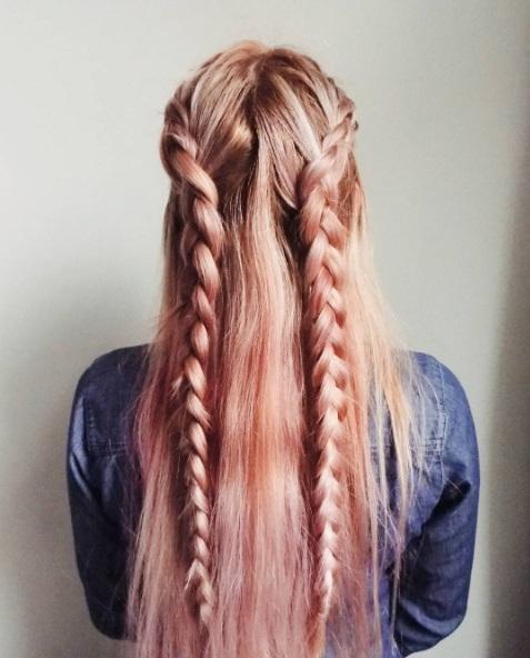 Дві косички зачіска