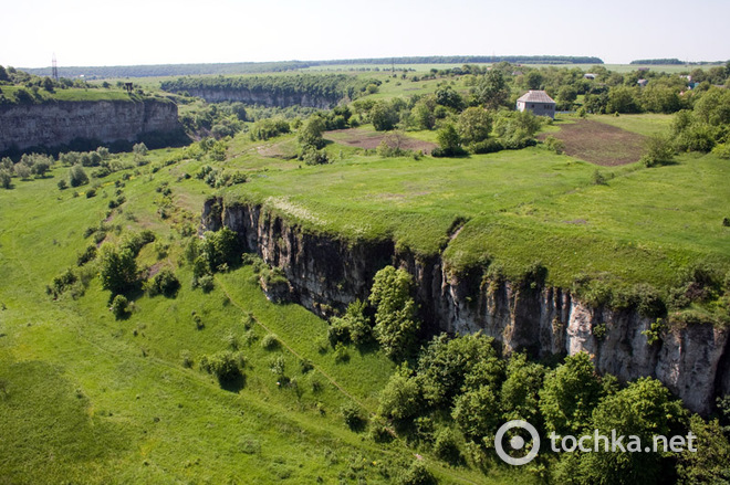 Топ-5 уникальных парков Украины