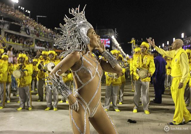 Карнавал в Рио-де-Женейро