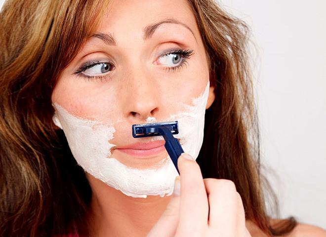 Почему у женщины растут усы