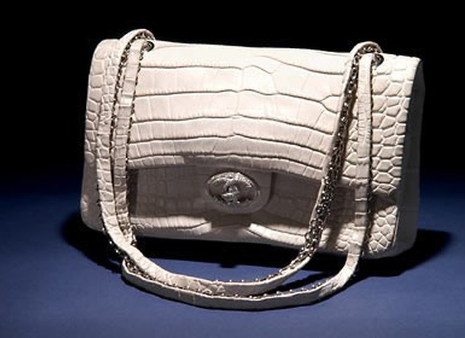 Сумки: діамантовий аксесуар від Chanel