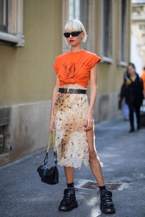 Яскравий одяг — тренд весна-літо