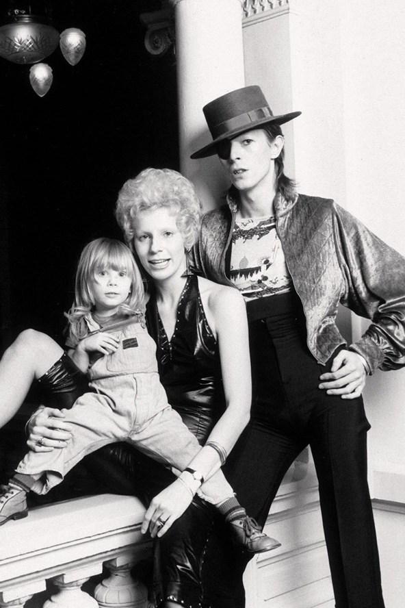 Дэвид Боуи в молодости: эволюция уникального стиля