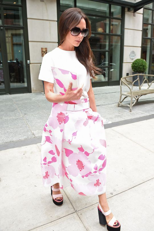 Street style: Виктория Бекхэм в Нью-Йорке