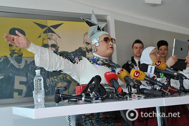 Пресс-конференция Верки Сердючки