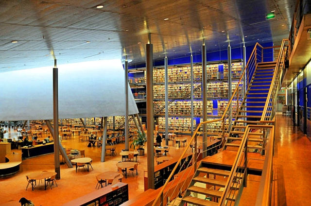 Cамые красивые библиотеки: Библиотека Делфтского технического университета, Южная Голландия, Нидерланды